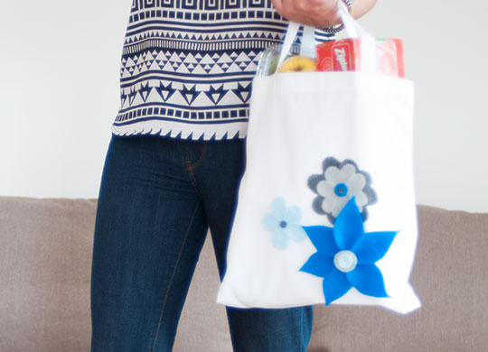 DIY No-Sew Flower Shopping Bag